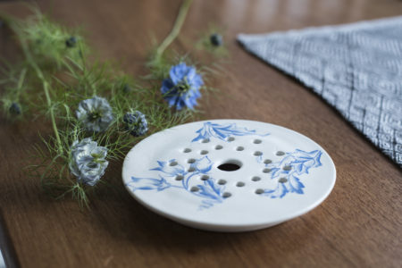 porslinsplatta Blomsterarrangemang